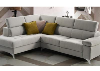 El sofá Polo es un sofá  de diseño con asientos deslizantes.